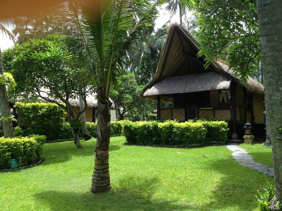 Alam Anda Ocean Front Resort & Spa: Seeview Bungalow
