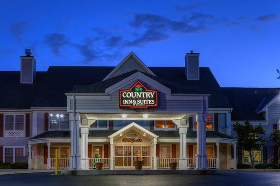 Country Inn & Suites By Carlson, Roanoke: CountryInn&Suites Roanoke ExteriorNight