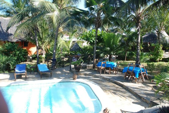 Tembo Village Resort Watamu:                   Piscina!