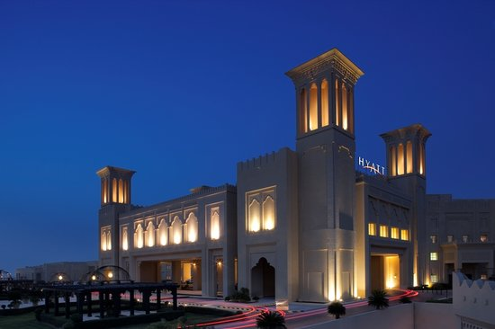 Grand Hyatt Doha: Exterior night shot