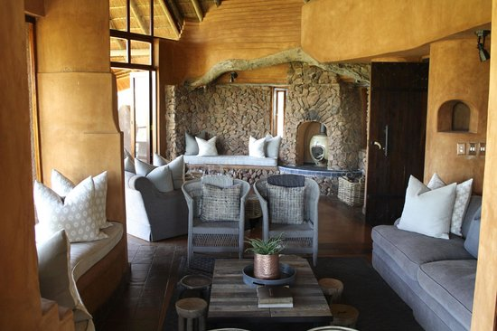 Madikwe Safari Lodge:                   Lodge lounge