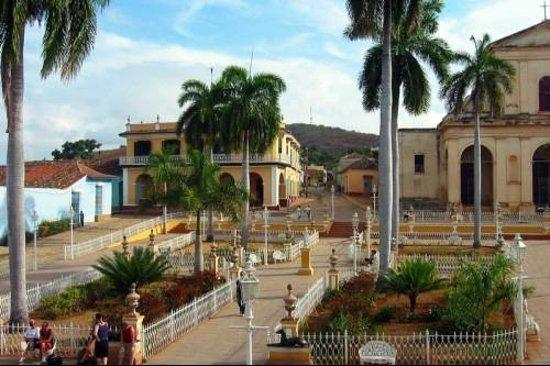 Hostal Borrell Iznaga: plaza major