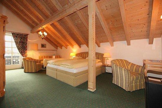Hotel Edelweiss: Komfort-Doppel/Familienzimmer