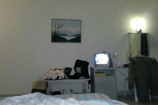 Hotel Roma: tv camera