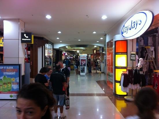 Australia Fair Shopping Centre: inside