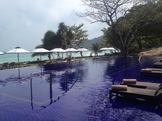 Vana Belle, A Luxury Collection Resort, Koh Samui:                   swimming pool