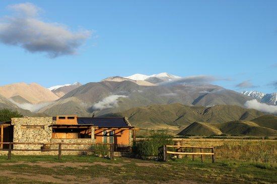 Estancia La Alejandra: Posada al amanecer