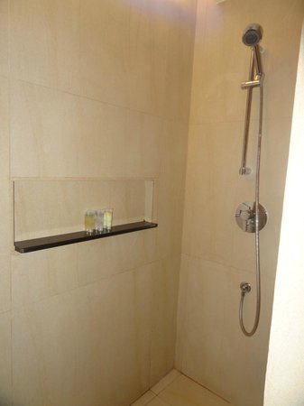 The District Boracay:                                     shower stall