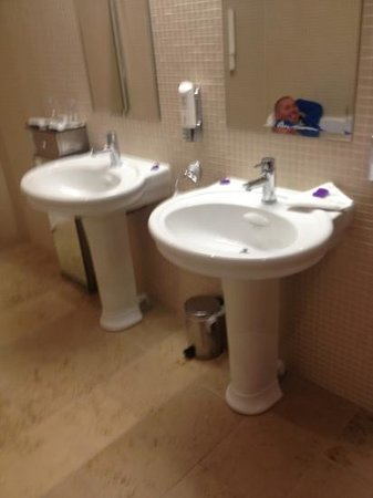 Claregalway Hotel:                                     his and hers