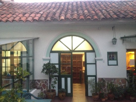 Casa Verde B&B:                                     The courtyard