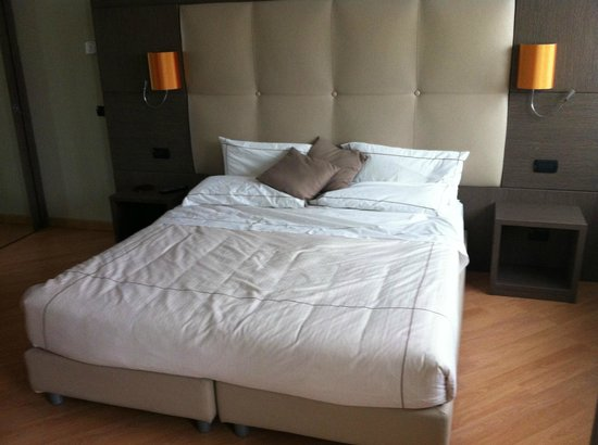 Acca Palace: Letto