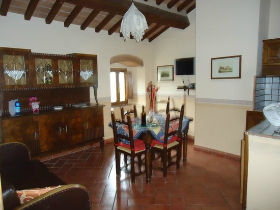 Relais Parco Fiorito:                   La cucina/soggiorno della suite