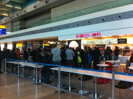 Burger King:                   Les grandes files d'attente