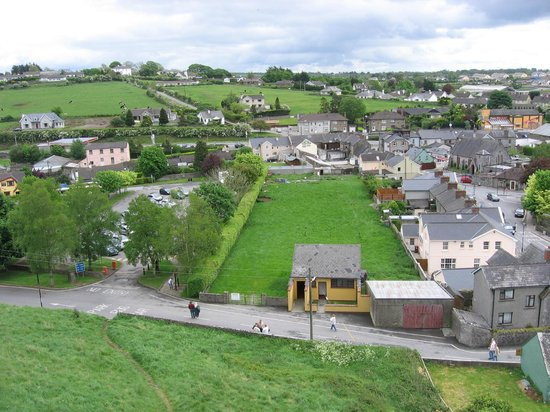 Rockville House B&B: view from the Rock of Cashel