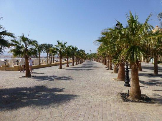 Premier Romance Boutique Hotel and Spa:                                     Promenade