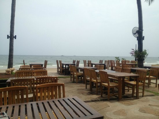 Coco51 Restaurant & Bar, by the Sea:                   Outdoor view