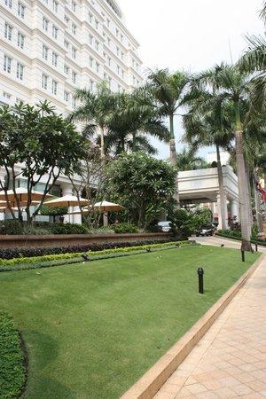 โรงแรมพาร์ค ไฮแอท ไซกอน: Front of hotel