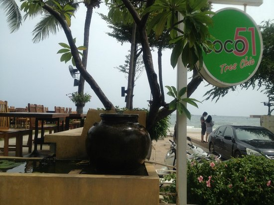 Coco51 Restaurant & Bar, by the Sea:                   Entrance of Coco 51