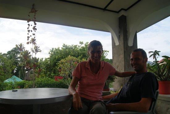 Daniella's Bungalows: terrazza della colazione al daniella