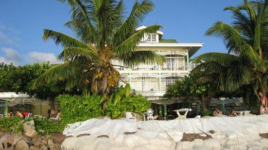 Palm Beach Hotel:                                     Palm Beach, Praslin