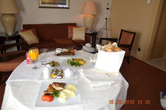 Sofitel Cairo El Gezirah:                   Yummy Foods!