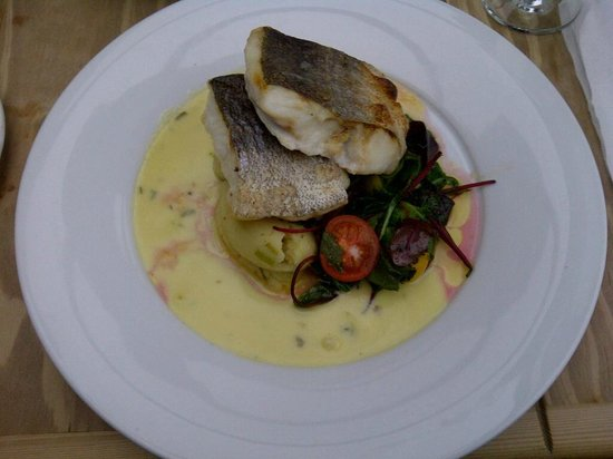 Smuggler's Creek:                                                                         Beautiful hake dish
