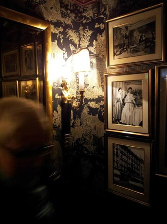 Hotel Sacher Wien: LIFT