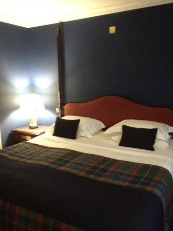 Champany Inn:                   comfy bed