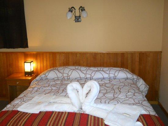 La Posada de la Flor:                   Confortables habitaciones con baño privado