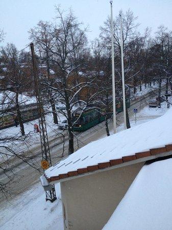 Finlandia Park Hotel Helsinki :                                     Tram view