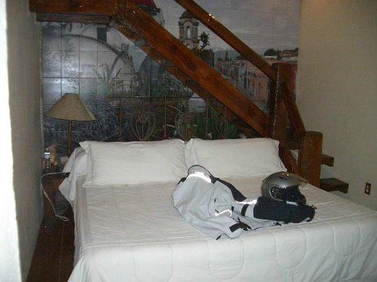 Casa Cid de Leon :                   large comfortable bed