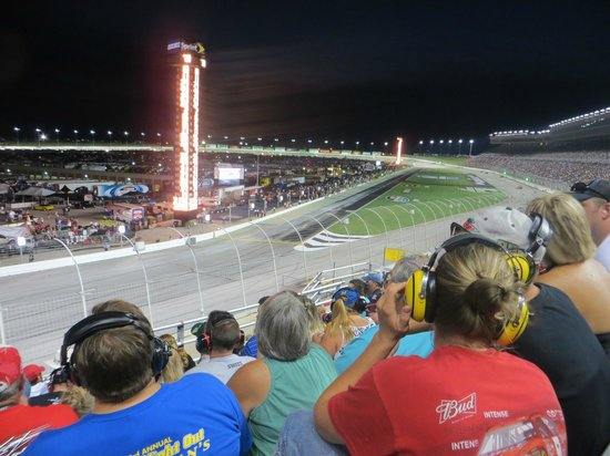 Atlanta Motor Speedway: Tower showing race positions & lap data