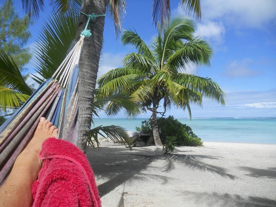 ‪‪Aitutaki Seaside Lodges‬:                   View from the hammock heaven