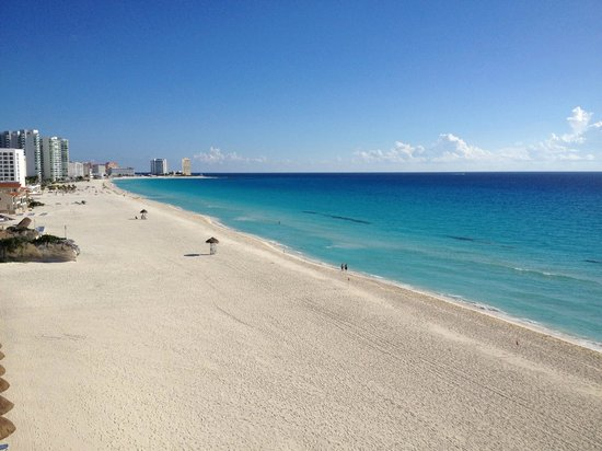 Gran Caribe Resort:                   The Riviera Beach-Beautiful
