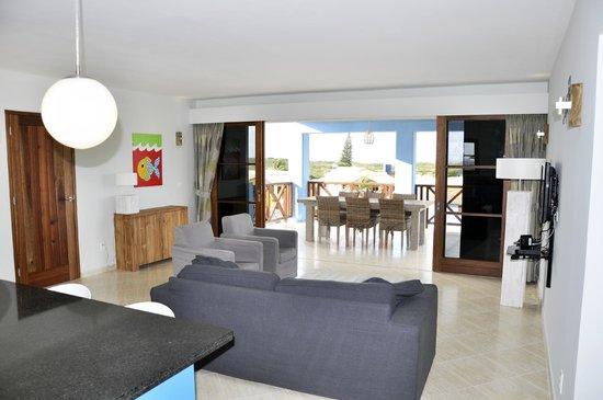 Kunuku Aqua Resort: Livingroom