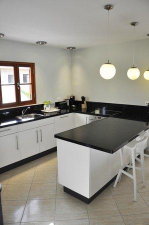 Kunuku Aqua Resort: Kitchen