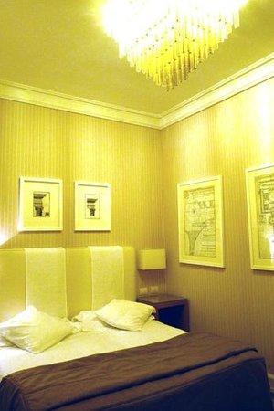Hotel Isa:                   Rummet av basic-typ