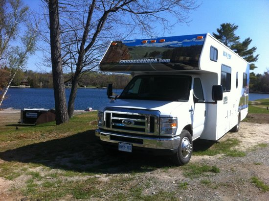 Lake Lauzon Resort & Marine: RV Park