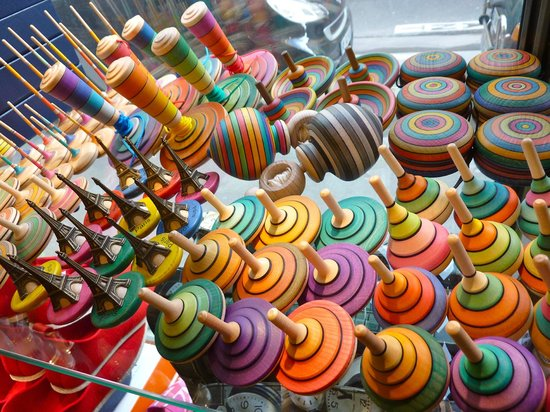 Tumbleweed: Spinning tops