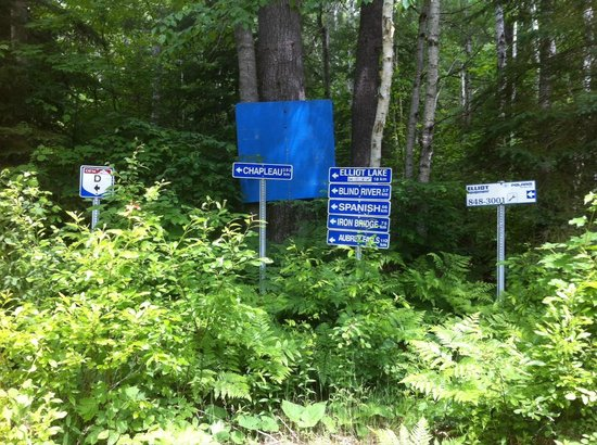 Lake Lauzon Resort & Marine: We are on the hub of hundreds of miles of trails
