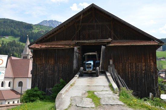 Hotel Bad Schoergau:                   Sarnthein