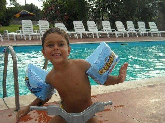 Villaggio El Pueblo : La piscina