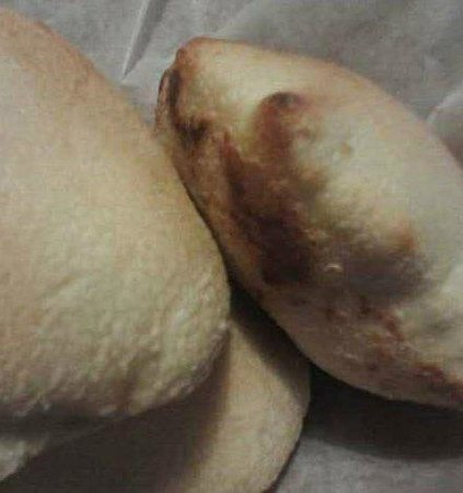 Taboon At The Valley: Bread (close up)