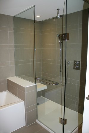 Taboo Muskoka Resort:                   Loved the shower!