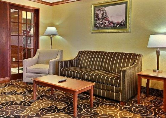 Quality Inn & Suites Niles: Interior