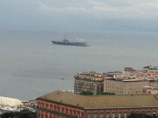 NH Napoli Ambassador:                   Vista dal 28° Piano