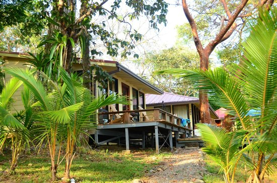 Sport Fish Panama Island Lodge:                                     Lodge                                  