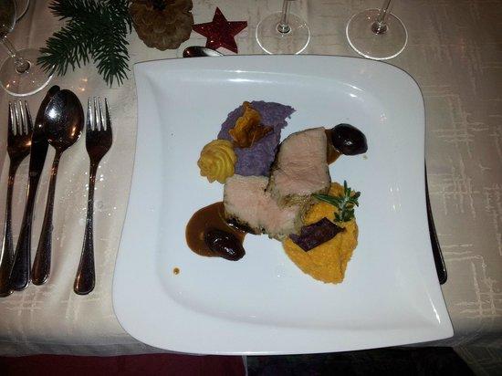 Gasthof Zum Goldenen Lowen:                   Kerst gebraden kalfsvlees