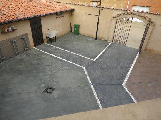 Hostal Rural Los Oteros:                   Terraza de verano.