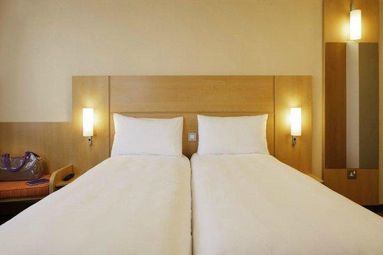 Hotel Ibis Gloucester: Twin Room